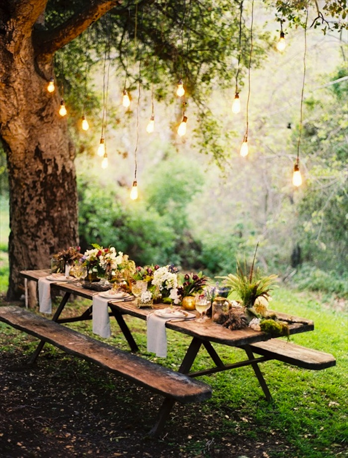 8-oncewed.com28774wedding-bloga-forest-wedding-tablescape